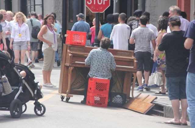 IMG_0257 piano on street of NOLA